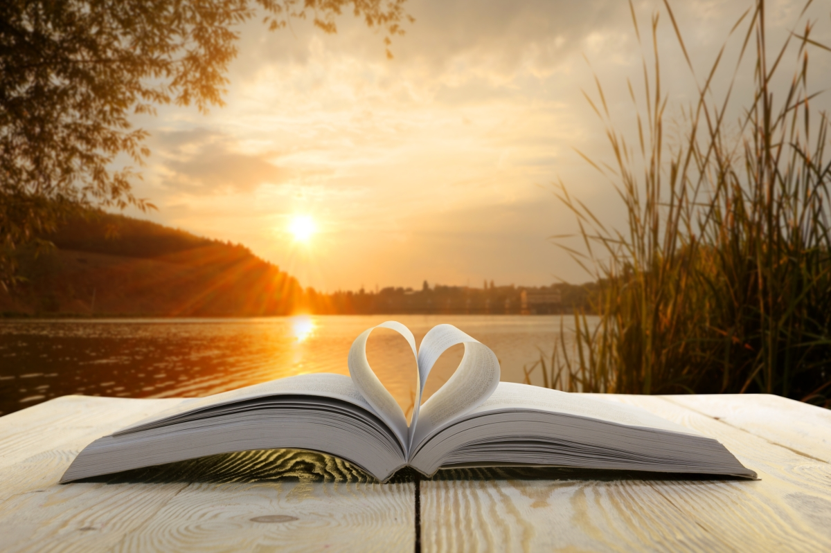 "A Fairytale Ending? How listing ""reading books"" on your dating profile can improve your love life #readingbooks #datingadvice #datingprofile #book #books #iamreading"