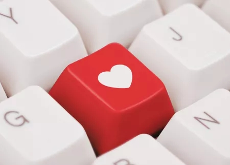 How has #socialmedia changed the dating scene? #relationships #onlinedating #dating